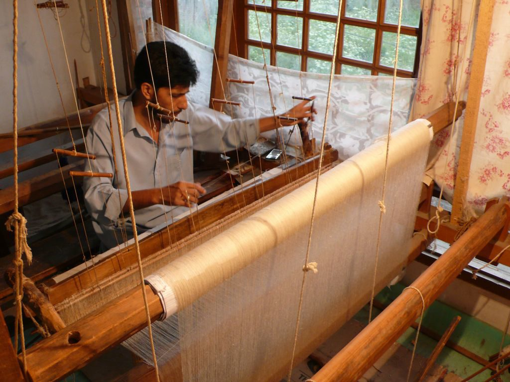 Weaving of Pashmina on a Handloom